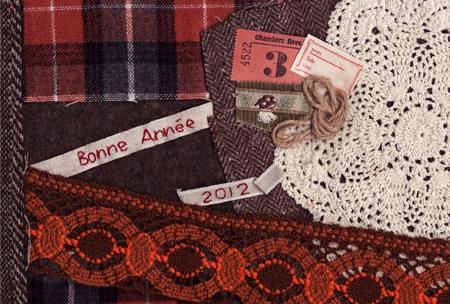 温かみを感じる布を使った年賀状2011
